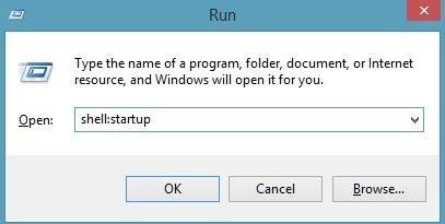 Une image montrant la fenêtre d'exécution de la connexion au logiciel de minage BTG .exe.